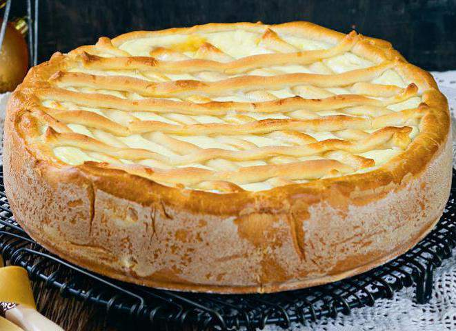 Пирог с творогом на дрожжевом тесте рецепт